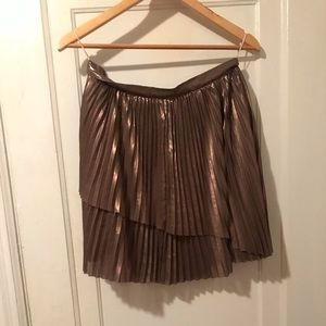 Gold shimmer skirt from Aritzia